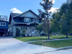 298 Yale Ave in Winnipeg